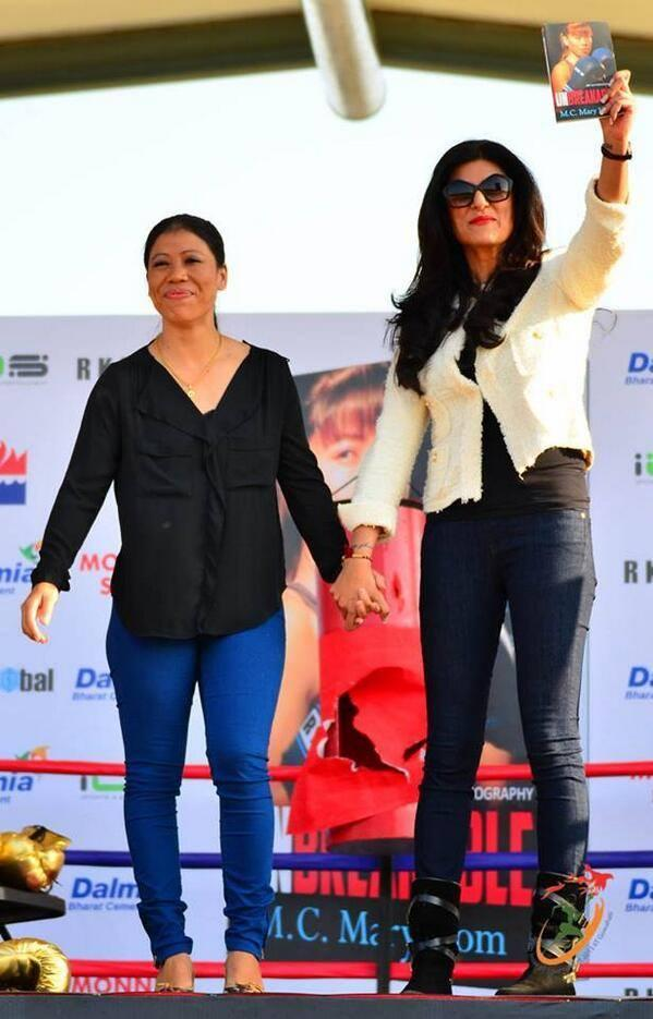 M C Mary Kom along with Sushmita Sen during the launch of her autobiography Unbreakable