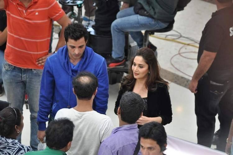 Madhuri Dixit Is On Location Of Oral B Commercial Shoot In Mumbai