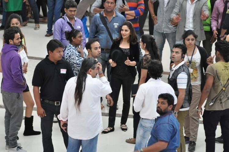 Madhuri Dixit Nene Shooting For Oral B Ad
