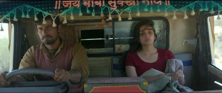 Alia Bhatt And Randeep In A Truck For Highway Movie Shooting