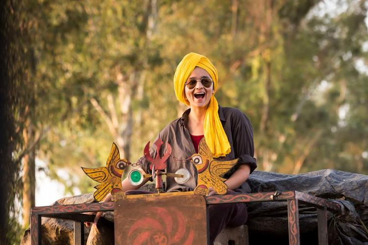 Alia Bhatt Looking Very Cute In Punjab Sardar Look In Her Next Film Highway