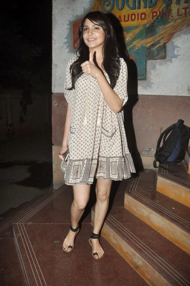 Anushka Sharma At The Screening Of The Wolf Of Wall Street