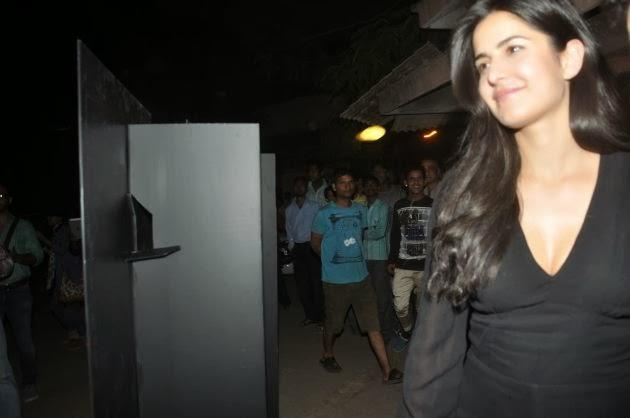 Stunning Babe Katrina Kaif Spotted At The Screening Of The Wolf Of Wall Street In Mumbai