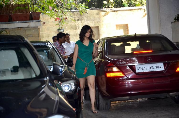 Guest Snapped At Shashi Kapoor's Residence For Christmas Brunch