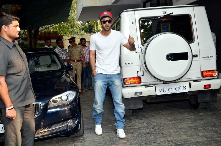 Ranbir Kapoor Snapped At Grand Uncle Shashi Kapoor's Residence For Christmas Brunch