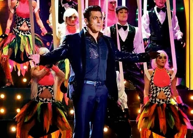 The Host Salman Khan Shot For The Grand Final Of Bigg Boss Season 7