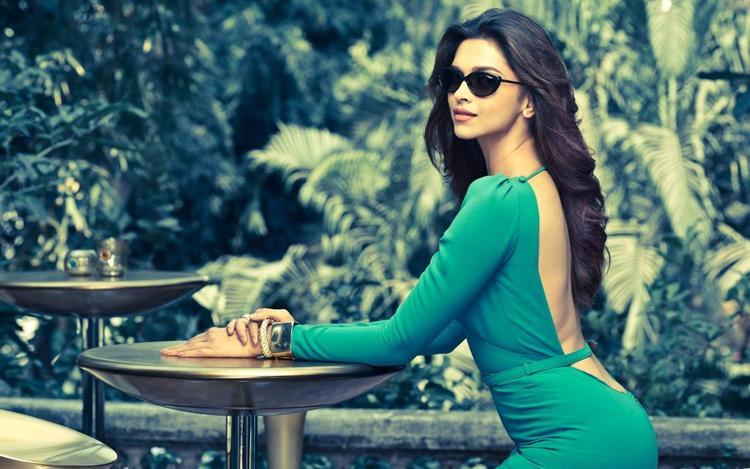 Glamour Deepika Padukone Vogue Eyewear Magazine Pic