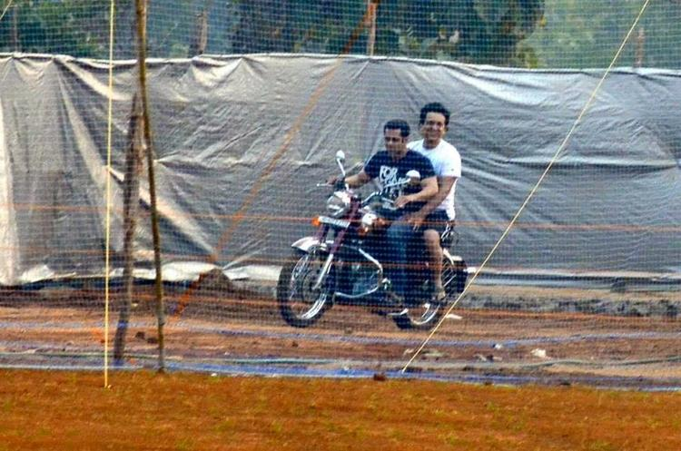 Salman And Sajid Enjoying A Bike Ride