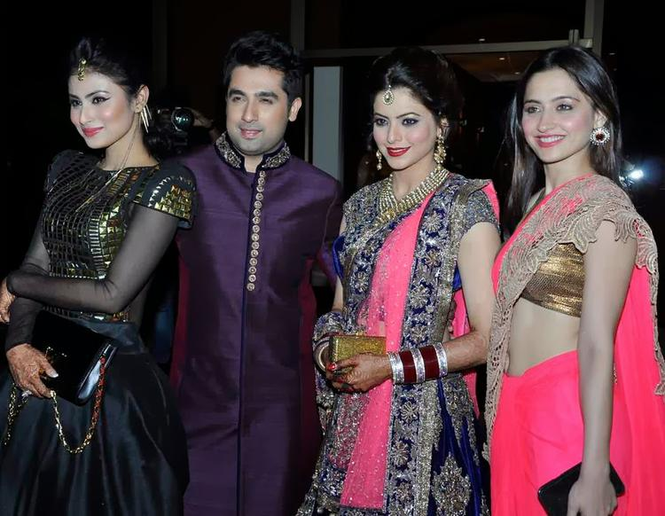Sanjeeda And Mouni Pose With Aamna And Amit At Their Wedding Reception