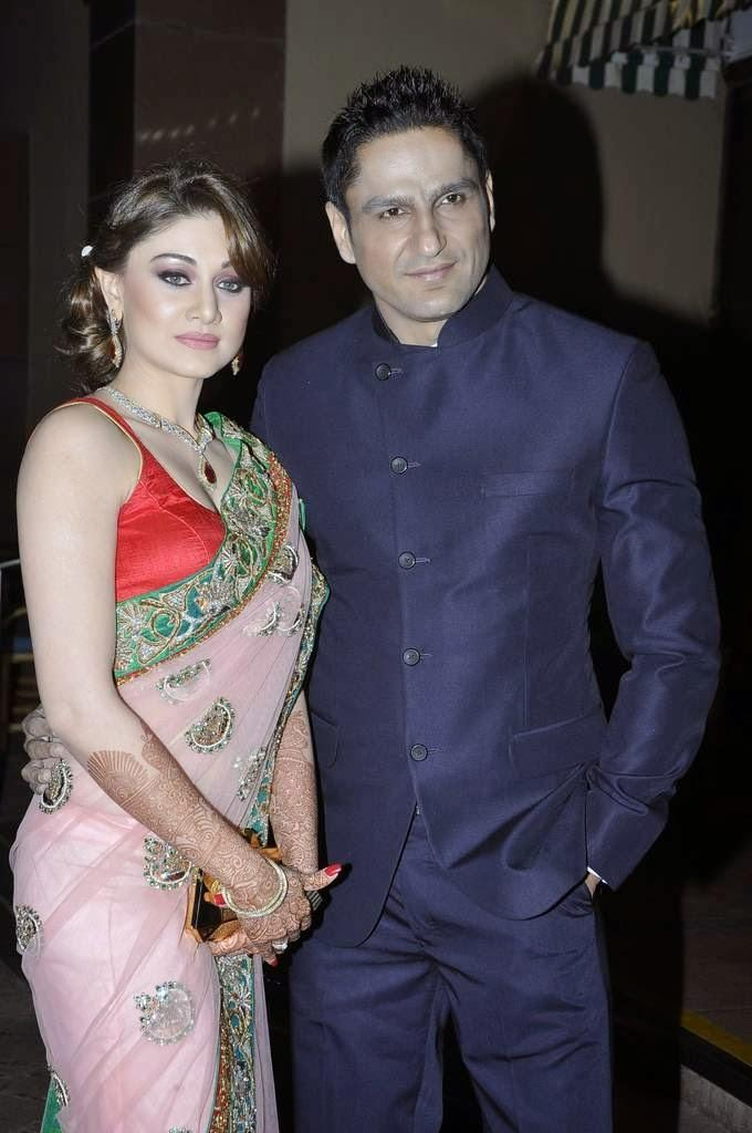 Shefali Zariwala Came With Her Husband Actor Parag Tygai Came To Wish The Newly Weds Aamna And Amit