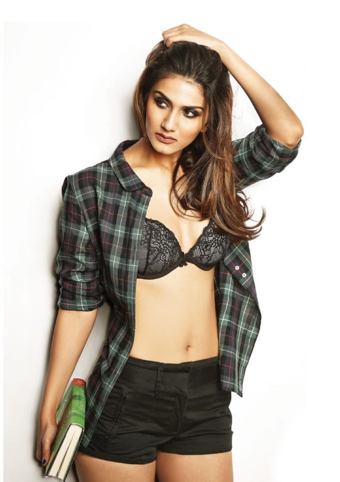 Charming Vaani Kapoor HQ Photo Shoot For FHM Magazine India January 2014