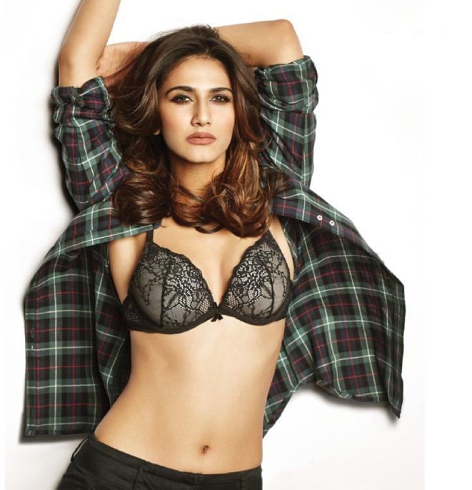Vaani Kapoor Exposing Her Slim Spicy Figure On The Cover Of FHM Jan 2014 Issue