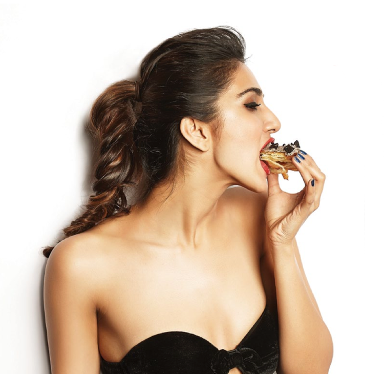 Vaani Kapoor Super Duper Hot Pic For FHM Jan 2014 Issue