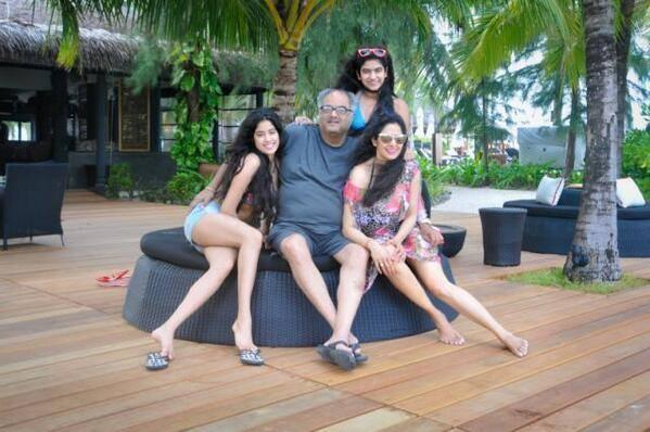 Sridevi Holidays With Sweet Family And Sridevi Sizzling In A Swimsuit