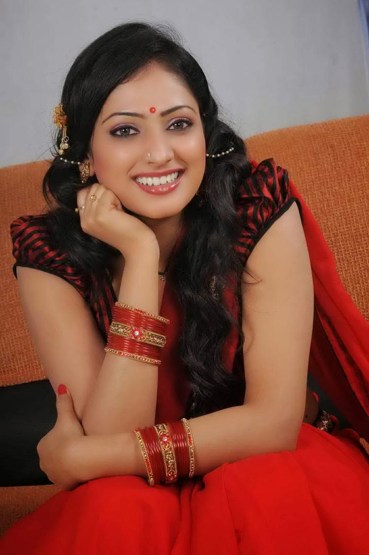 Haripriya Cool Smiling Look Still From Abbayi Class Ammayi Mass Movie