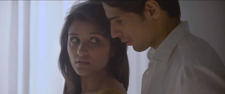Parineeti And Sidharth On Romantic Mode In Zehnaseeb Song