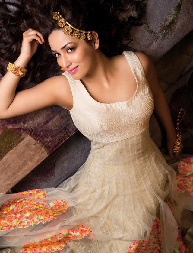 Yami Gautam Deadly Pose Hot Look Shoot For Hi! Blitz Magazine January 2014 Issue