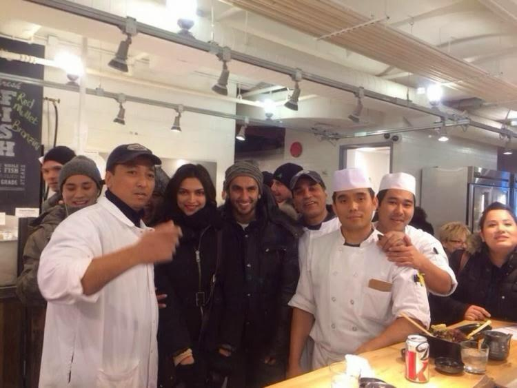 Ranveer And Deepika Pose With Fans At A Restaurant In The New York City