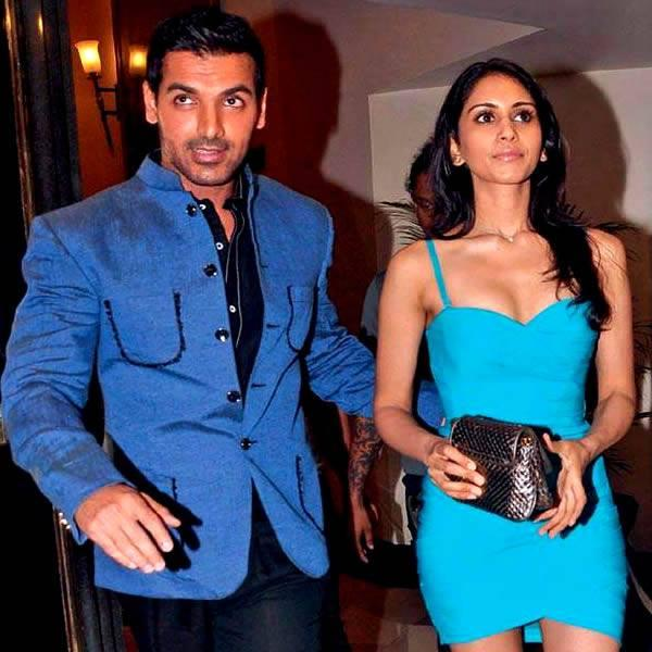 John Was Spotted With His Rumoured Girlfriend Priya At The Standard Chartered Marathon Bash Hosted By Kingfisher