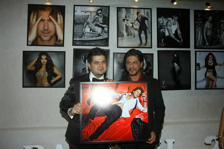 Shahrukh And Dabboo Launch SRK Ratnani's 2014 Calendar At This Event