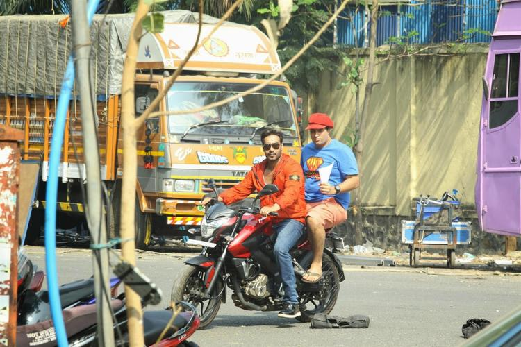 Ajay Takes Actor Kunal Roy Kapur For A Ride On Mumbai Road For Movie Action Jackson