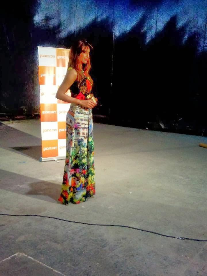 Priyanka Chopra Glamour Look During The Music Launch Of Film Gunday