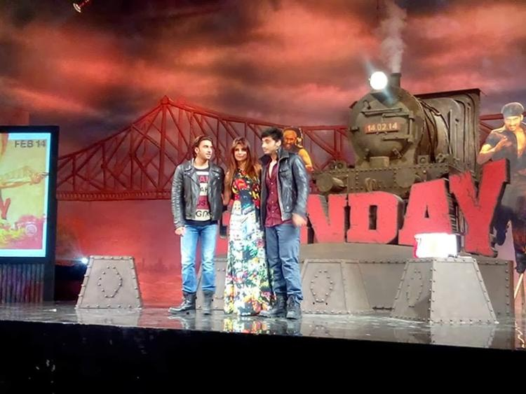 Ranveer,Priyanka And Arjun Posed On The Stage During The Music Launch Of Film Gunday