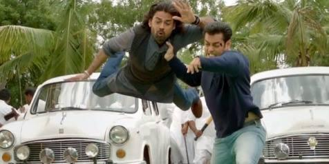 Salman Khan Fight Still From The Bollywood Upcoming Movie Jai Ho