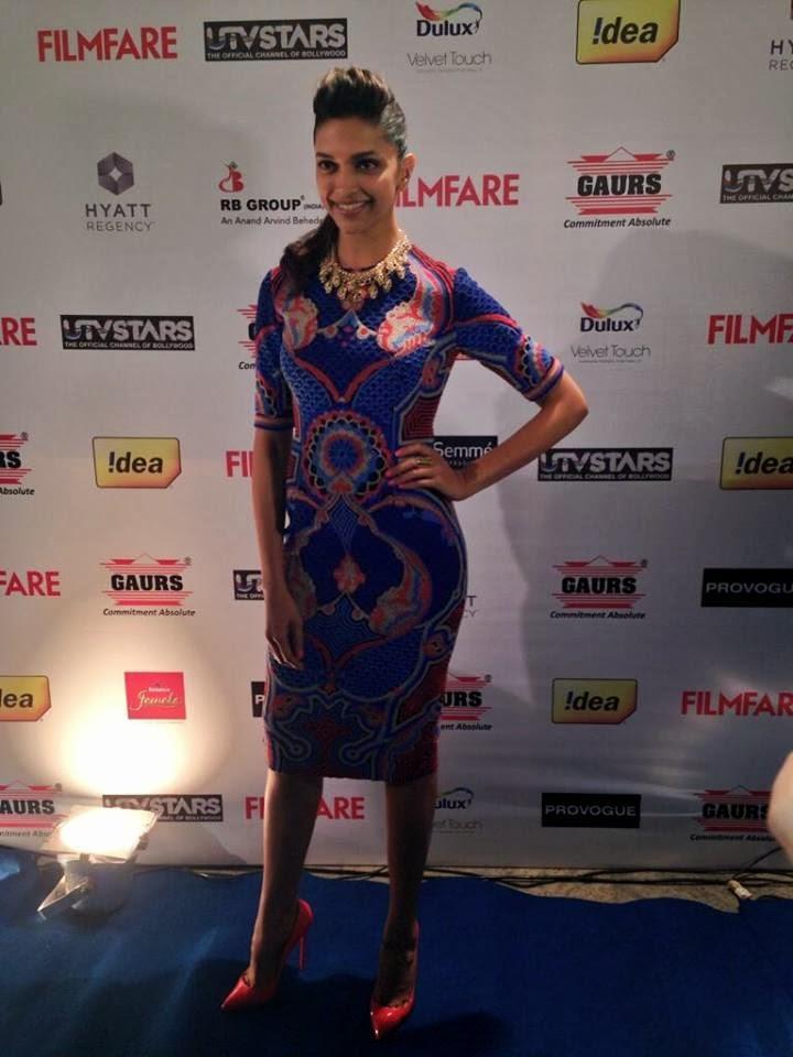 Deepika Looking Absolutely Stunning At 59th Idea Filmfare Pre-Awards Bash