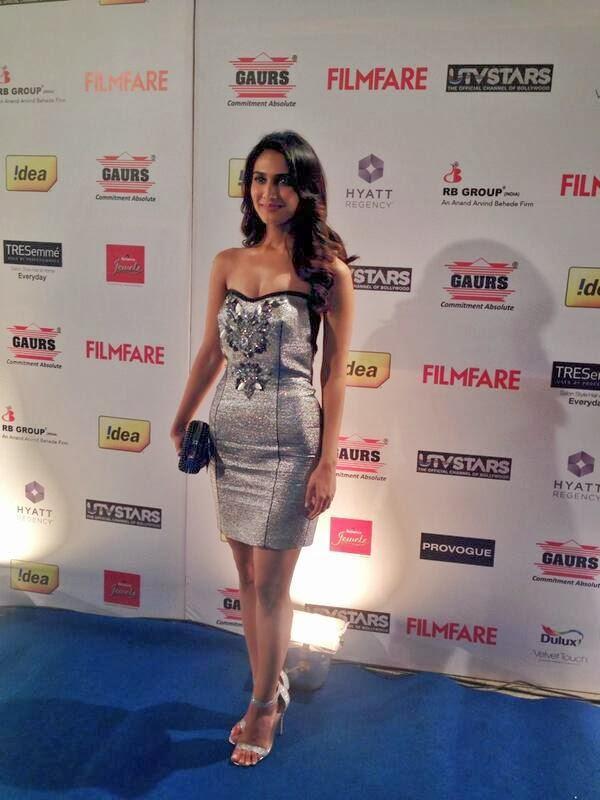 Super Sexy Vaani Kapoor Arrives At 59th Idea Filmfare Awards  Pre-Awards Party