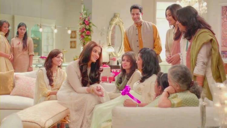 Aishwarya Rai Bachchan Shoot For Lifecell Godh Bharai TV Ad 2014
