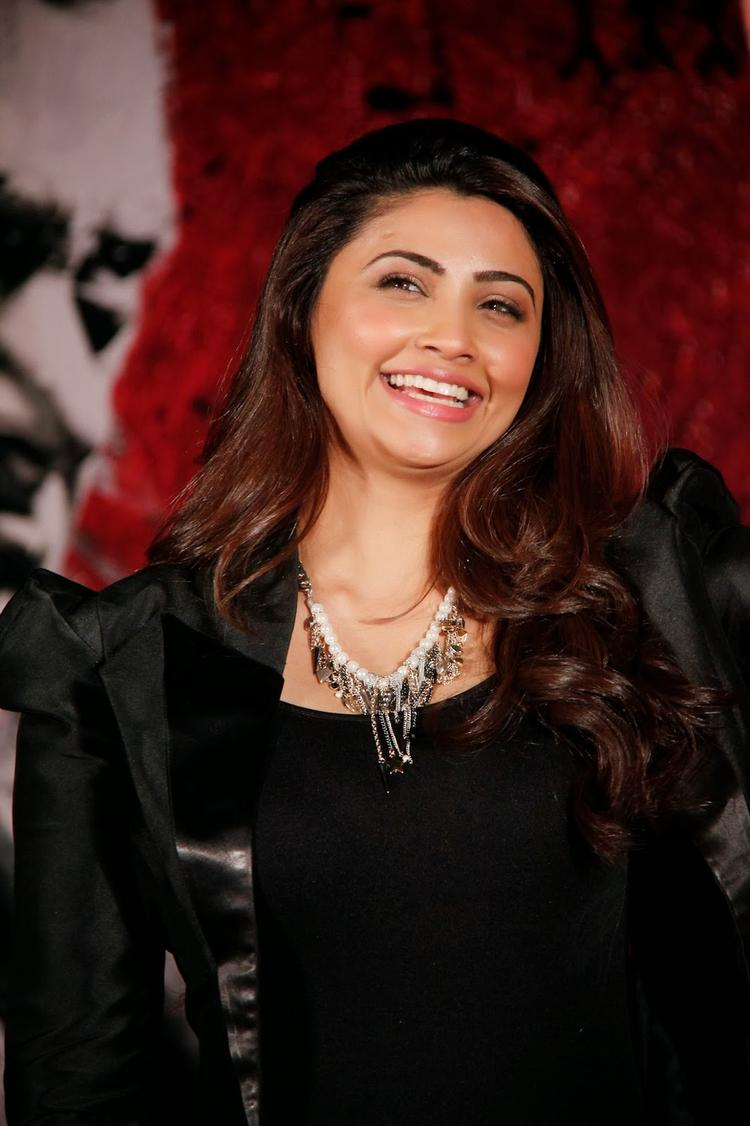 Daisy Shah Smiling Look At The Promotion Of Jai Ho Movie In Inorbit Mall