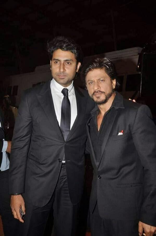 Abhishek And Shahrukh Snapped At Umang Police Show 2014