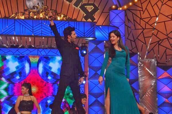 Manish And Katrina Dhoom Machale Song Pic At  Umang Police Show 2014