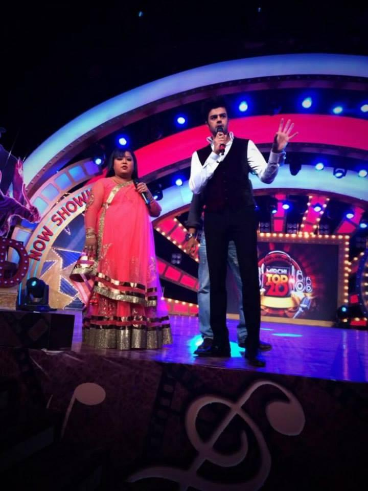 Manish And Bharti Host The Colors Mirchi Top 20 Event 2014