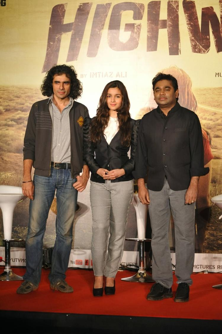 Imtiaz,Alia And A R Rahman During The Press Conference Of  Highway