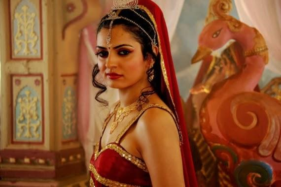 Niharika Singh Beautiful Look Still From Miss Lovely Movie
