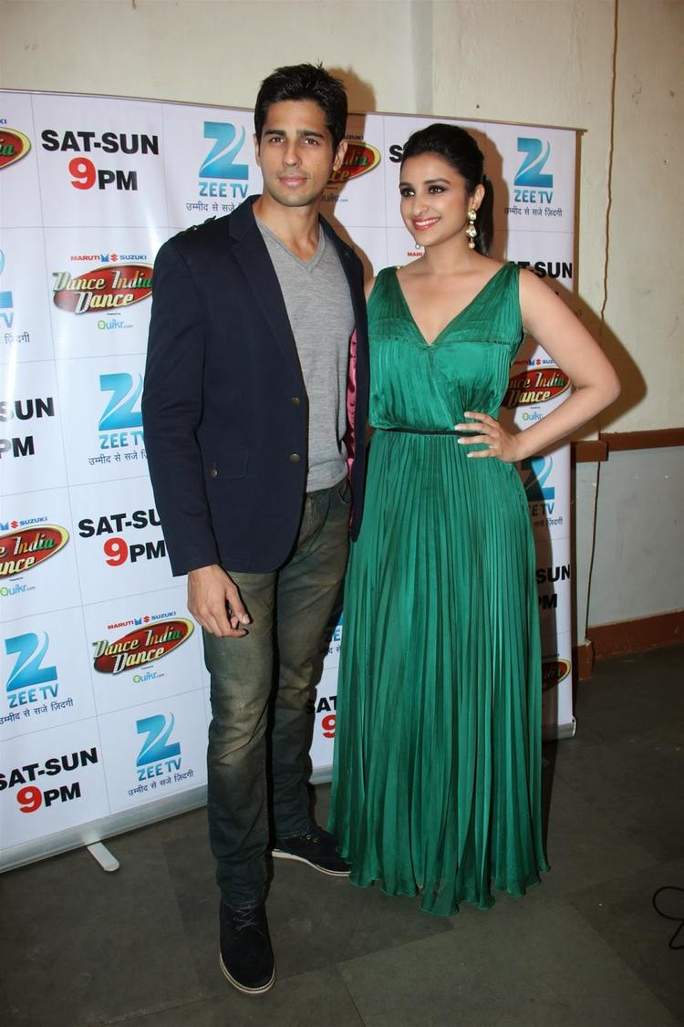 A Fresh On Screen Couple Sidharth And Parineeti Promote Hasee To Phasee On The Sets Of DID