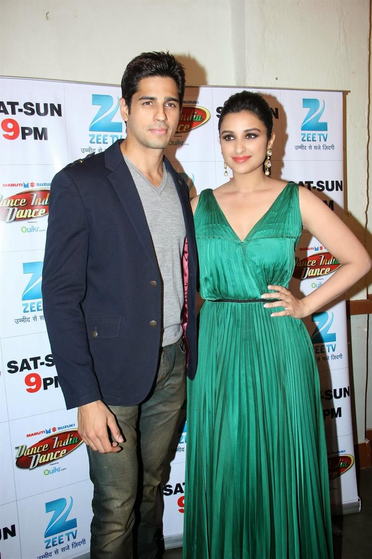 Sidharth And Parineeti At DID To Promote Hasee Toh Phasee