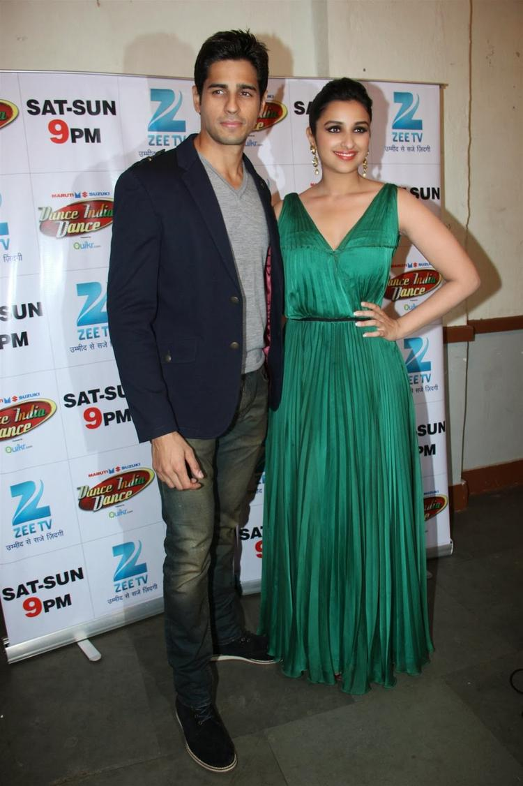 Sidharth And Parineeti Snapped At DID To Promote Their Upcoming Movie Hasee To Phasee