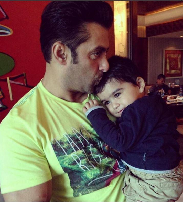 Salman Khan Hugs Bina Kak's Grandson Posed A Sweet Photo Still