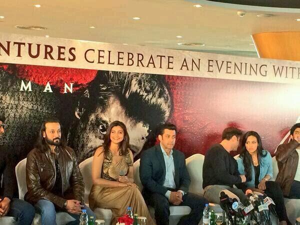 Salman,Daisy,Sana And Sohail In Dubai To Promoto Upcoming Movie Jai Ho