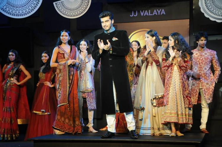 Arjun Kapoor Walks The Ramp For Designer, JJ Valaya, At Blenders Pride Fashion Tour 2013