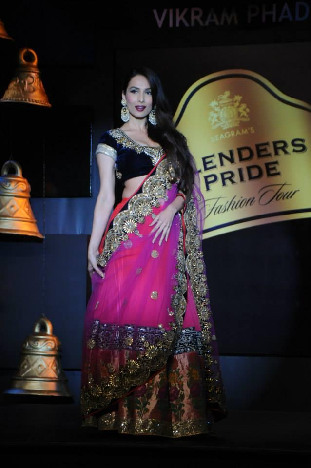 Malaika Walks The Ramp For The Designer, Vikram Phadnis At Blenders Pride Fashion Tour 2013