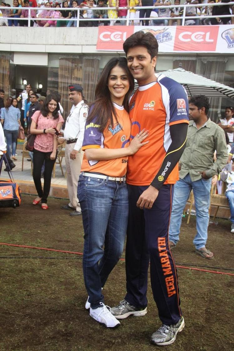 Genelia And Riteish Cool And Sweet Pose During The CCL Match Opening Event