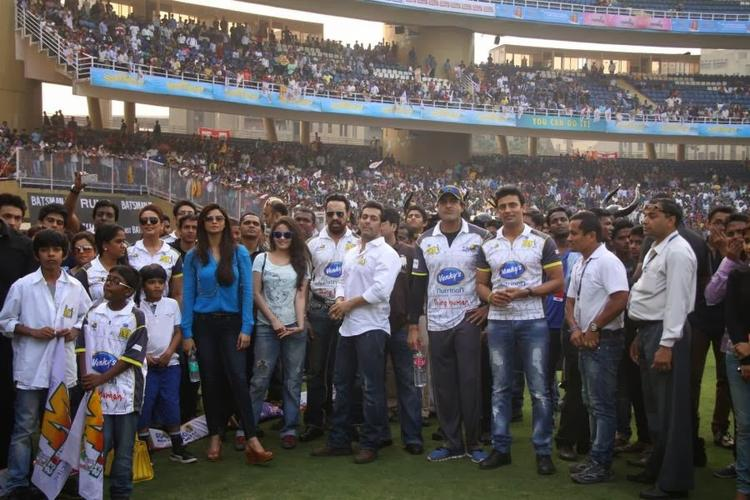 Jai Ho Team And Arman,Sangram At CCL Opening Event