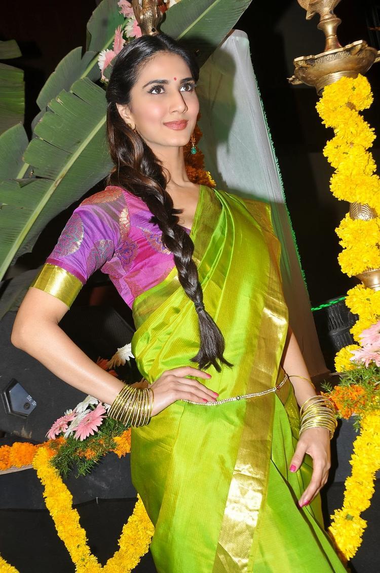 Actress Vaani Kapoor Latest Cute Saree Still At Aaha Kalyanam Audio Launch