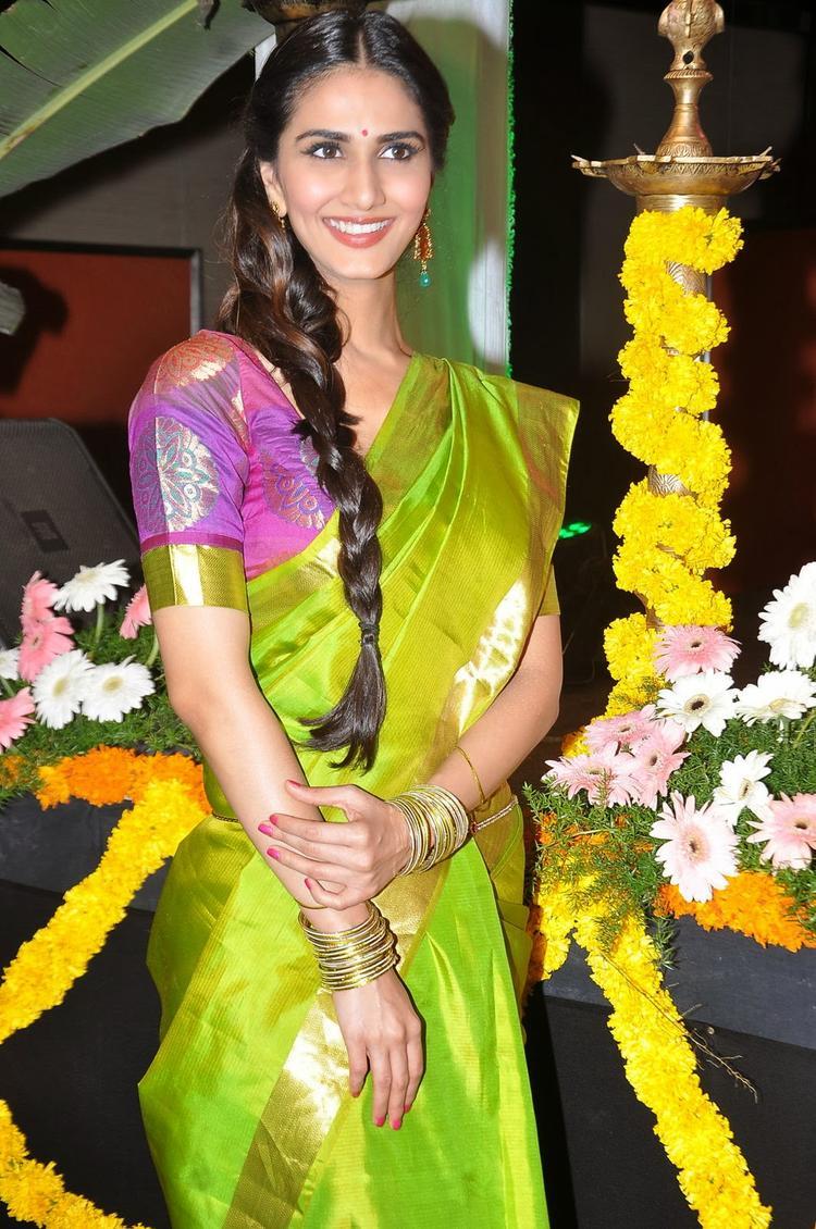Stunning Beauty Vaani Kapoor At Aaha Kalyanam Audio Launch Event