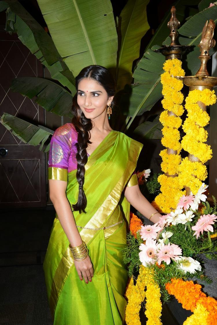 Vaani Kapoor Nice Pose At Aaha Kalyanam Audio Launch Event