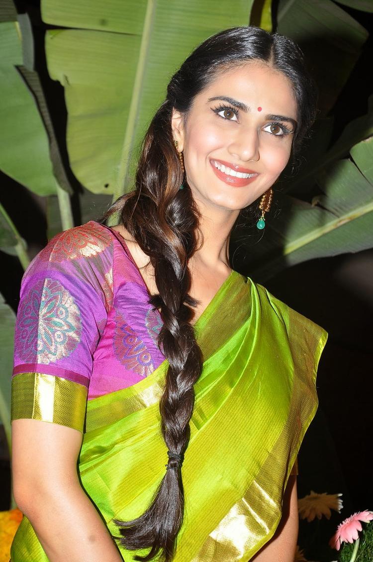 Vaani Kapoor Smiley Face At Aaha Kalyanam Audio Launch Event